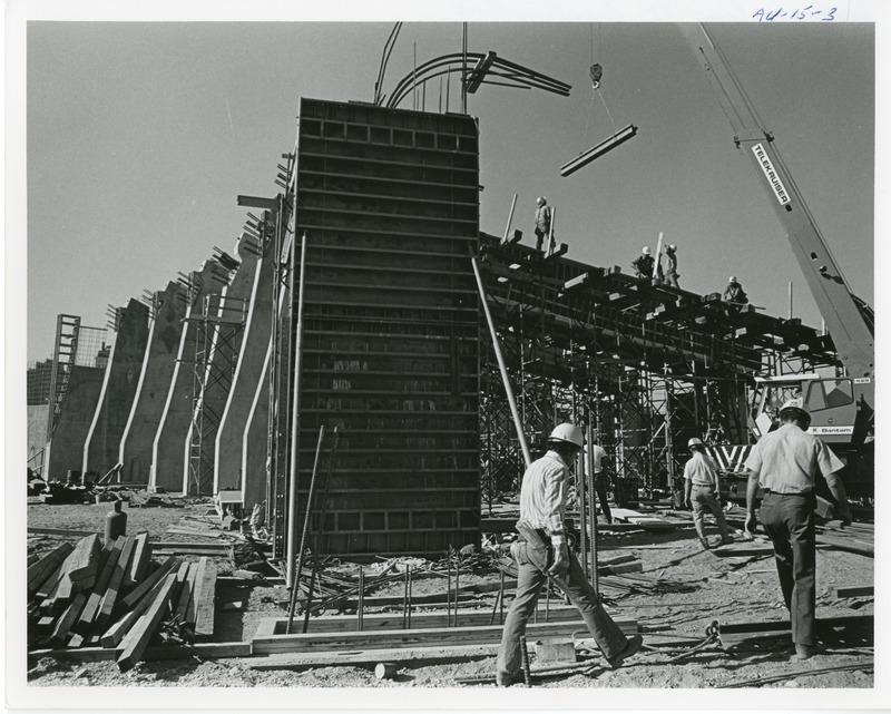 Expo_Construction24.tif