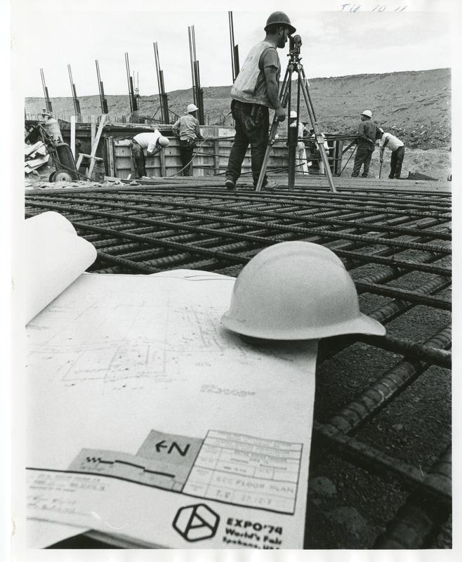 Expo_Construction19.tif