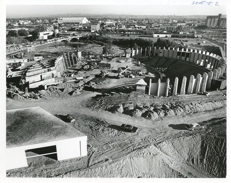 Expo_Construction32.tif