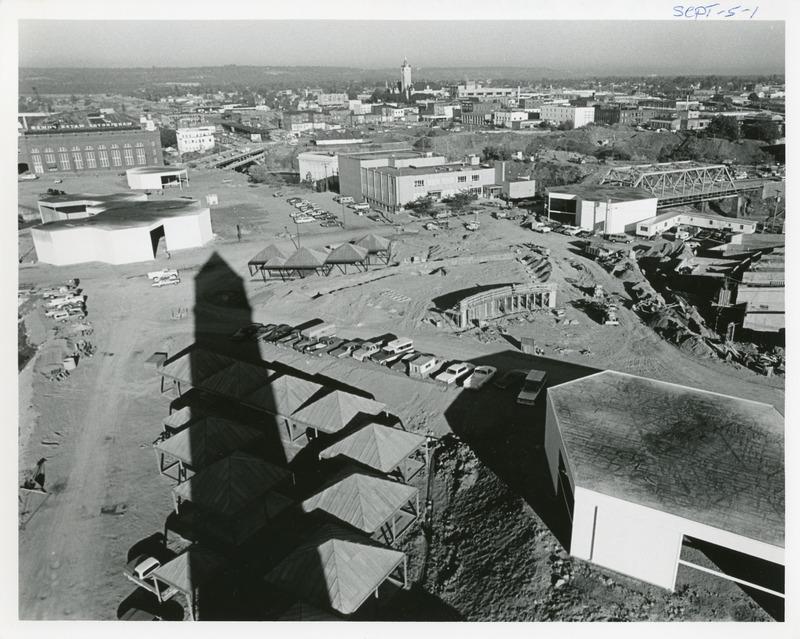 Expo_Construction28.tif