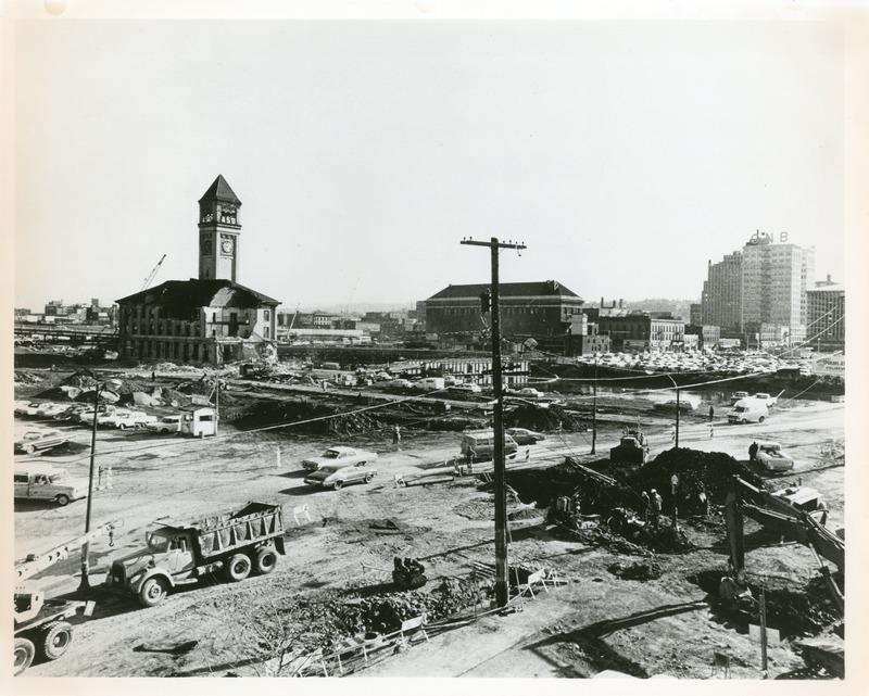 Expo_Construction18.tif