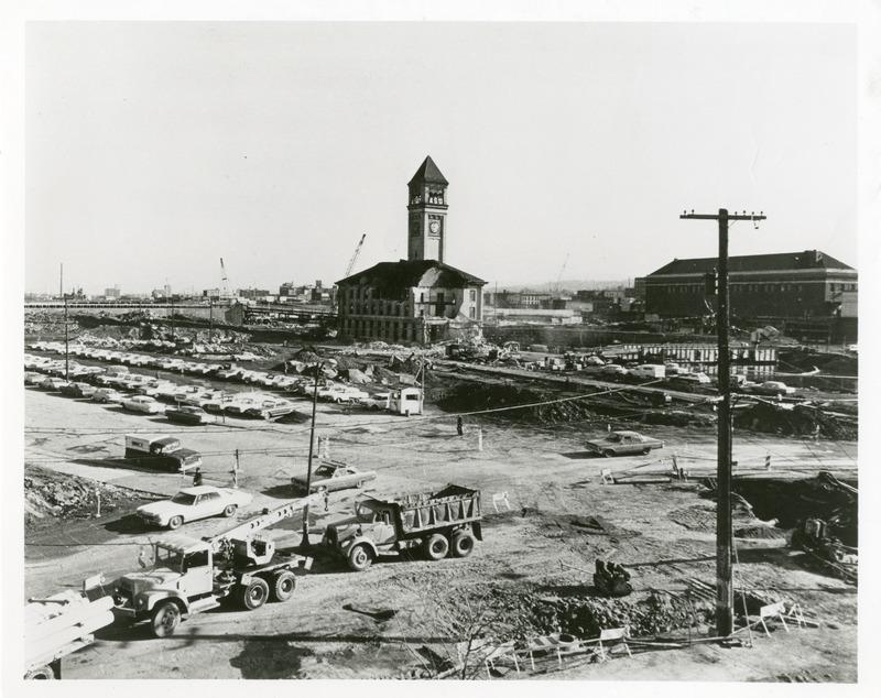 Expo_Construction36.tif
