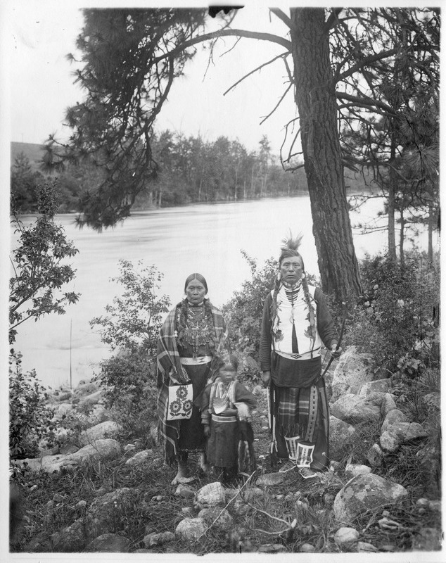 Indians_Portraits_Stevens_John_And_Minnie01.tif