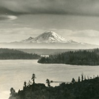 Northwest -- Mountains -- Mount Rainier (#14)