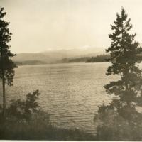 Northwest -- Lakes -- Newman Lake (#01)