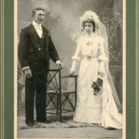 NW -- Portraits -- Dereberry family (#01)