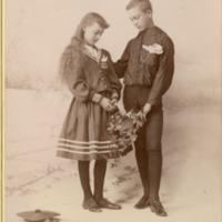 NW -- Portraits -- Gandy, Lloyd and family (#01)