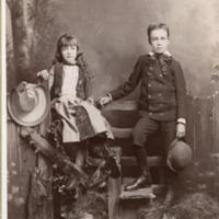 NW -- Portraits -- Gandy, Lloyd and family (#03)